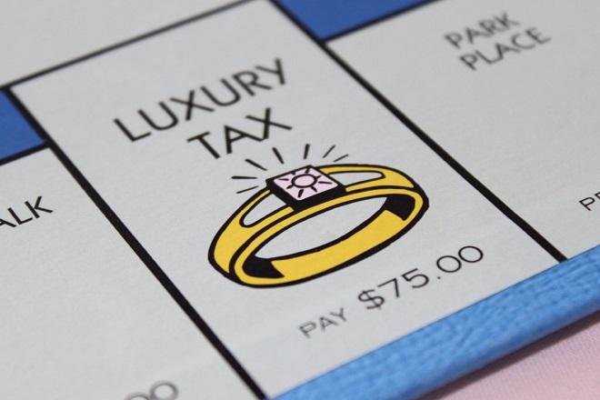 tax-lux