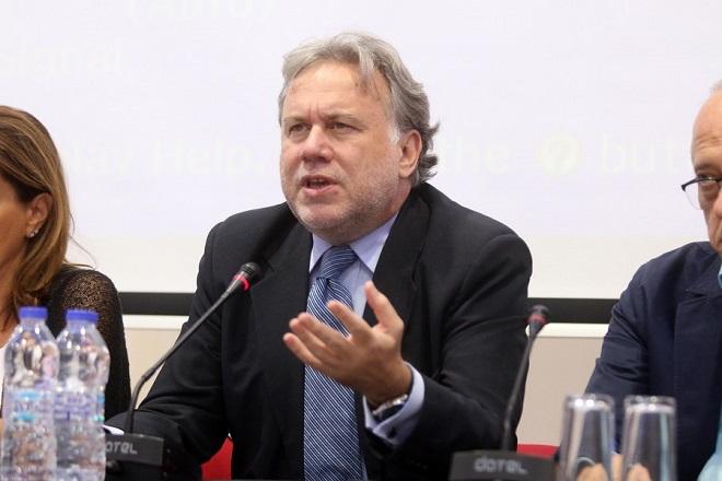 Ο υπουργός Εργασίας Γιώργος Κατρούγκαλος μιλάει κατά τη διάρκεια της συνέντευξης τύπου της πολιτικής ηγεσίας του υπουργείου Εργασίας και Κοινωνικής Ασφάλισης στο πλαίσιο της 81ης ΔΕΘ. Θεσσαλονίκη, Δευτέρα 12 Σεπτεμβρίου 2016. ΑΠΕ ΜΠΕ/PIXEL/ΣΩΤΗΡΗΣ ΜΠΑΡΜΠΑΡΟΥΣΗΣ