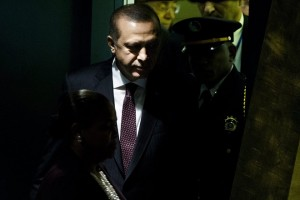 epa05549638 President of Turkey, Recep Tayyip Erdogan, arrives to address the General Debate of the 71st Session of the United Nations (UN) General Assembly at UN headquarters in New York, New York, USA, 20 September 2016.  EPA/JUSTIN LANE