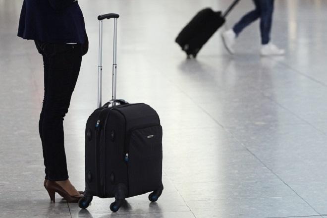 Περιορισμένες οι διανυκτερεύσεις και τα ταξίδια των Ελλήνων