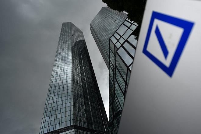 Δεύτερη μέρα ελέγχου στα γραφεία της Deutsche Bank για τα Panama Papers