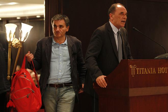 Σταθάκης: Οδηγός η συμφωνία της «Μαρινόπουλος» για τα κόκκινα δάνεια