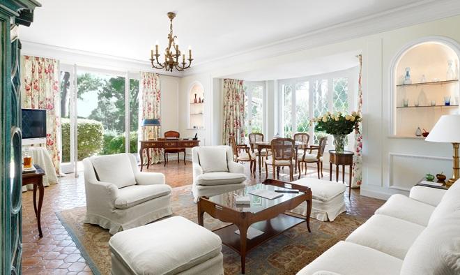 life. Black Bedroom Furniture Sets. Home Design Ideas