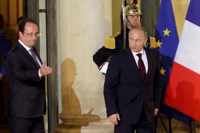 «Πάγωμα» στις σχέσεις Ρωσίας – Γαλλίας: Αναβάλει ο Πούτιν την επίσκεψη στο Παρίσι