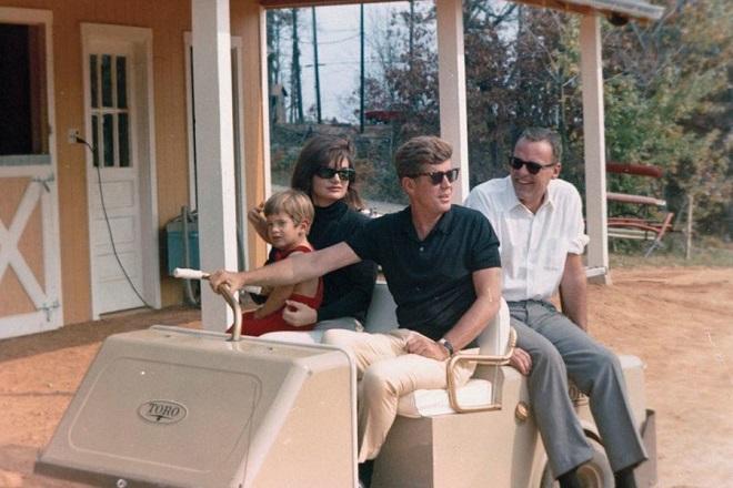 Προς πώληση η οικία των Κένεντι στη Βιρτζίνια των ΗΠΑ