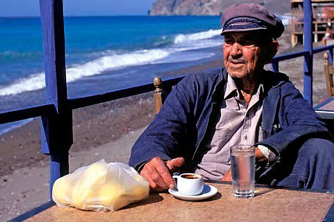 Στην Ελλάδα μια από τις πέντε περιοχές του πλανήτη με τους περισσότερους αιωνόβιους
