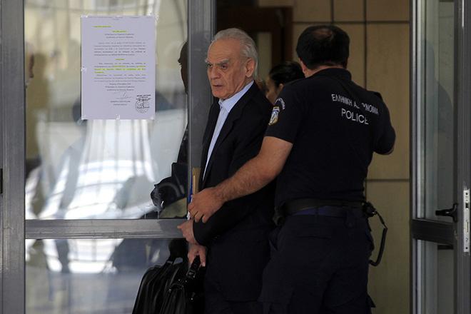 Επιστρέφει στις φυλακές ο Άκης Τσοχατζόπουλος