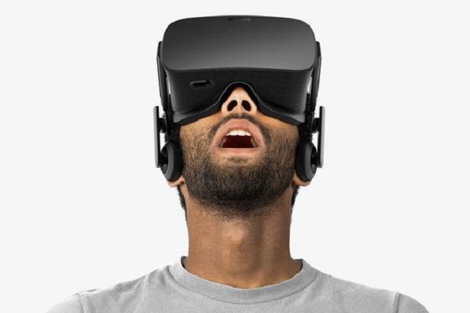Pornhub και PlayStation φέρνουν την εικονική πραγματικότητα στο πορνό