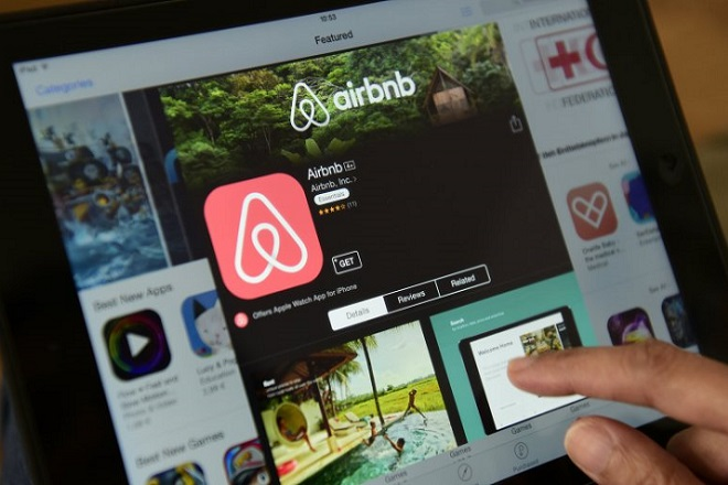 Πώς η Airbnb αποφέρει έσοδα δισεκατομμυρίων στα εστιατόρια