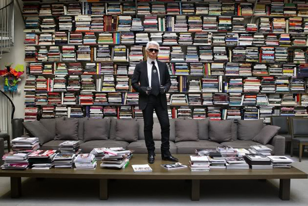 karl-lagerfeld-to-launch-a-perfume-that-smells-like-books2
