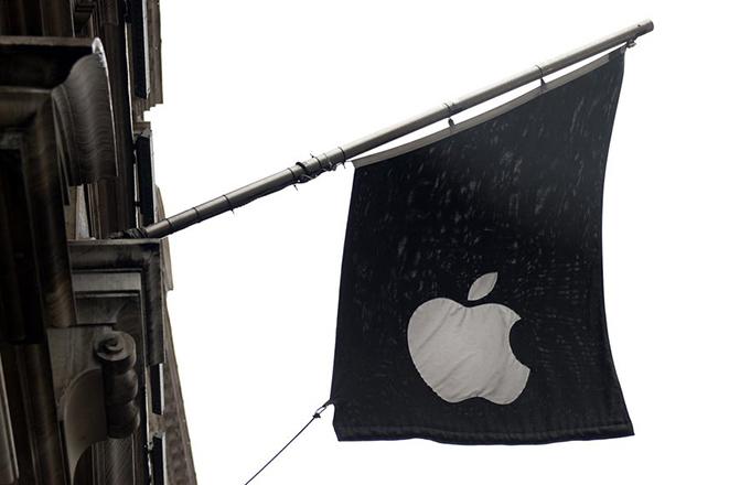 Η Apple εκτόξευσε σε μια νύχτα τις τιμές της στη Βρετανία