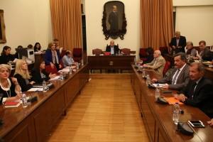 Ο πρόεδρος της Βουλής Νίκος  Βούτσης (K)  προεδρεύει στη Διάσκεψη των Προέδρων της Βουλής για τη συγκρότηση του Εθνικού Συμβουλίου Ραδιοτηλεόρασης (ΕΣΡ), τη Δευτέρα 31 Οκτωβρίου 2016. ΑΠΕ-ΜΠΕ/ΑΠΕ-ΜΠΕ/Αλέξανδρος Μπελτές