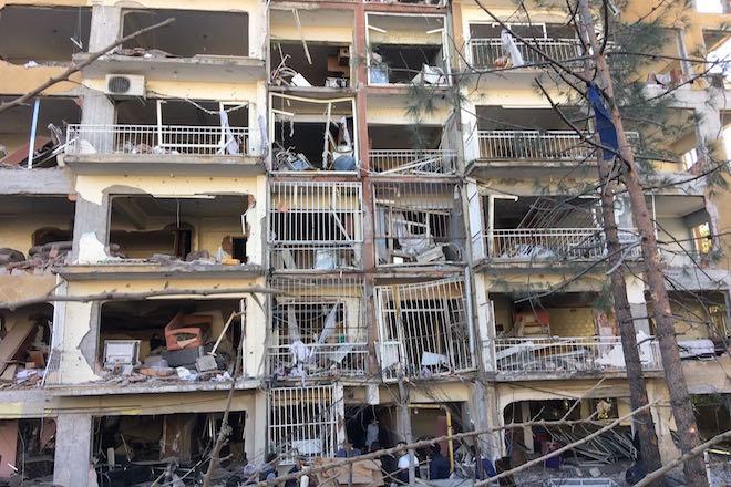 Αναβρασμός στην Τουρκία σε δύο μέτωπα με στόχο τους Κούρδους (εικόνες)