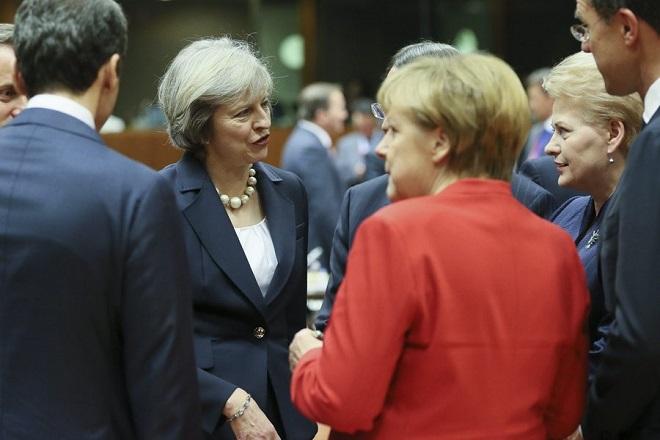 Βέβαιη ότι θα ανατραπεί η δικαστική απόφαση για το Brexit η Μέι