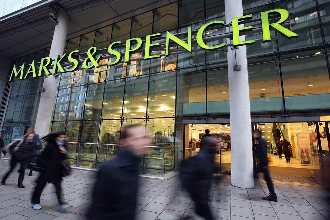 «Λουκέτο» σε σχεδόν 60 καταστήματα της Marks & Spencer
