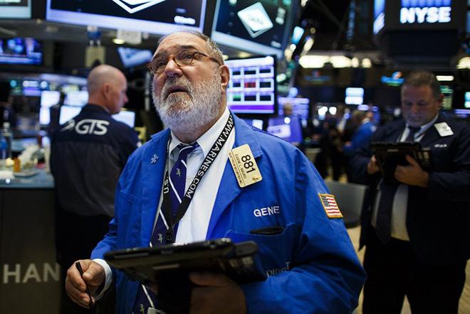 Σε πρωτοφανή επίπεδα η άνοδος του Dow Jones – Γιατί η νίκη του Τραμπ δεν ρίχνει τις αγορές