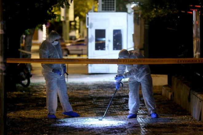Επίθεση με εκρηκτικό μηχανισμό έξω από τη γαλλική πρεσβεία στην Αθήνα- Ένας τραυματίας