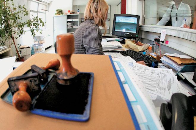 Σαρωτικές αλλαγές για τους δημόσιος υπαλλήλους – Τι περιλαμβάνει το νομοσχέδιο