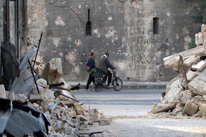 Συρία: Σφοδροί βομβαρδισμοί στο Χαλέπι