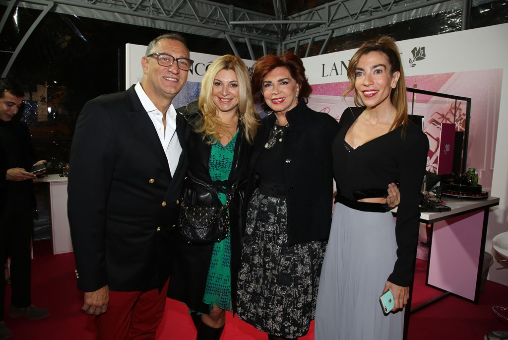 PeopleXmasParty: Η showbiz καλωσόρισε την εορταστική περίοδο στο πιο λαμπερό Xmas party!