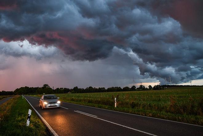 Ο Σόιμπλε θέλει να παραμείνουν για πάντα στο κράτος οι γερμανικοί αυτοκινητόδρομοι