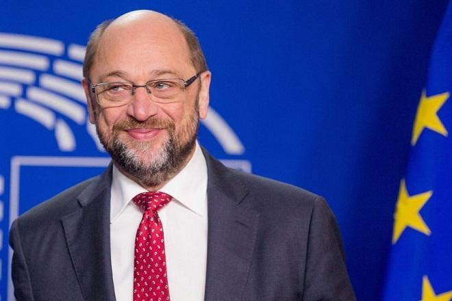 Γιατί ο Σουλτς απειλεί να βάλει τέλος στην κυριαρχία της Μέρκελ