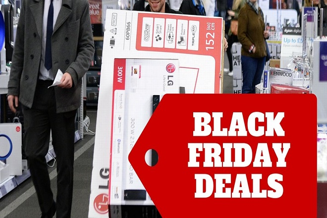 black-friday-deals-shoppers-social-currys