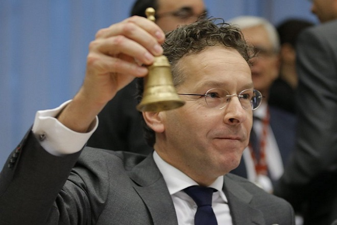 epa05621379 President of Eurogroup, Dutch finance minister Jeroen Dijsselbloem during Eurogroup finance ministers meeting in Brussels, Belgium, 07 November 2016.  EPA/OLIVIER HOSLET