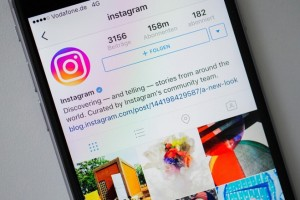 ILLUSTRATION - The new logo of Instagram seen on an Apple iPhone 6 in Duesseldorf, Germany, 17 May 2016. Photo by: Rolf Vennenbernd/picture-alliance/dpa/AP Images