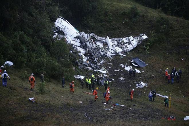 Τι προκάλεσε την πτώση του αεροσκάφους της Τσαπεκοένσε