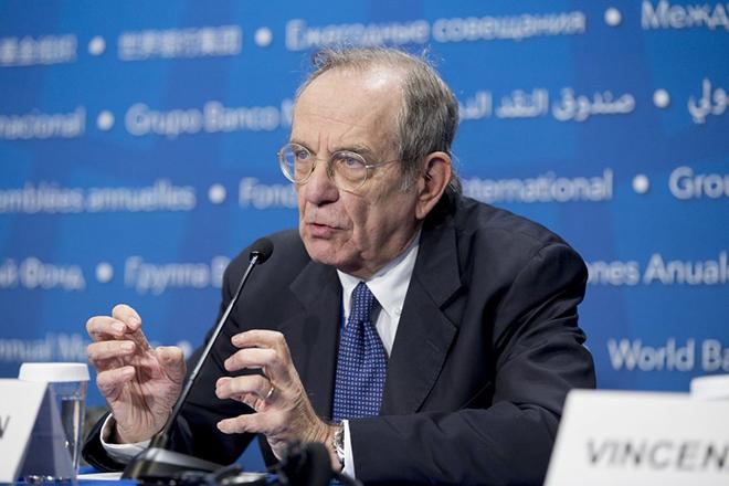 Γιατί λείπει από το σημερινό Eurogroup ο Ιταλός υπουργός Οικονομικών