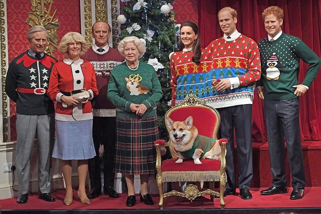 Η βασιλική οικογένεια φόρεσε τα πιο αστεία πουλόβερ για καλό σκοπό