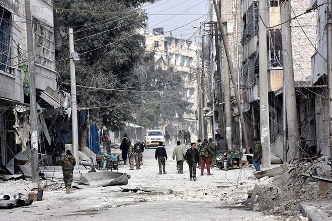 Εκατόμβη νεκρών στη Συρία – Φόβοι για επίθεση με χημικά