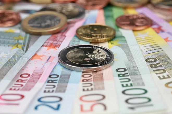 Πακέτο παροχών: Τι θα πληρωθεί έως το τέλος του χρόνου