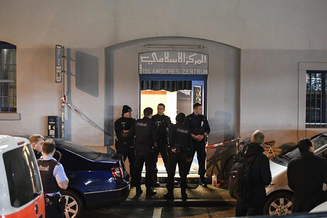Νεκρός ο δράστης της επίθεσης στο τέμενος της Ζυρίχης