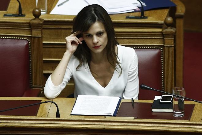Aχτσιόγλου: Εάν δεν είχε μεσολαβήσει ο ΣΥΡΙΖΑ, σήμερα δεν θα υπήρχε το ΕΚΑΣ