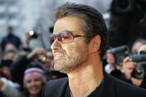 epa05688228 (FILE) - A file picture dated 16 February 2005 shows British pop singer George Michael smiling as he arrives for the presentation of the film 'George Michael: A Different Story', a documentary about his life, at the Berlinale Filmfestival in Berlin, Germany. According to reports on late 25 December 2016, British popstar George Michael has died peacefully at home at the age of 53, his publicist has announced.  EPA/PEER GRIMM