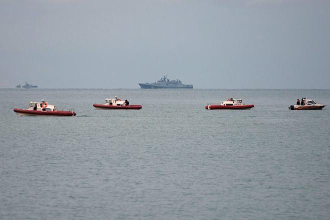 Γιγαντιαία αποστολή αναζήτησης των σωρών των επιβατών του ρωσικού Tu-154 στη Μαύρη Θάλασσα
