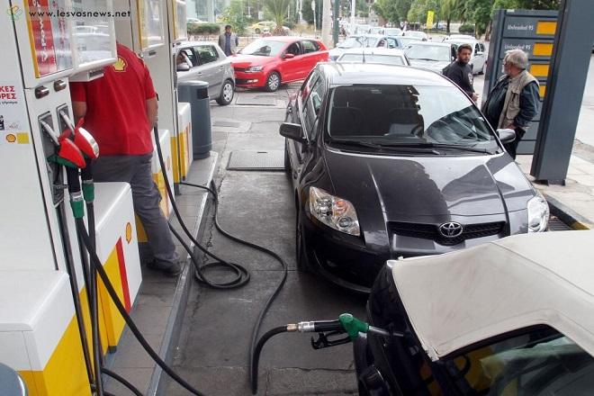 Εκτοξεύθηκαν οι τιμές των καυσίμων στα νησιά