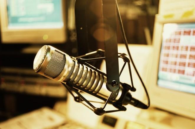Η χώρα που αποφάσισε να «σκοτώσει» τα FM