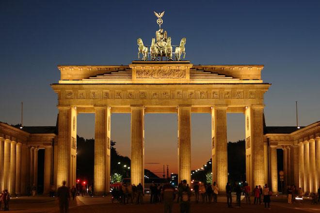 Στο σκοτάδι μεγάλο μέρος του Βερολίνου λόγω μεγάλης διακοπής ηλεκτρικού ρεύματος