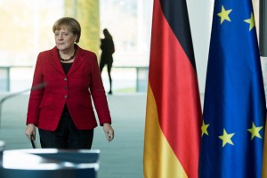 epa05624018 German Chancellor Angela Merkel arrives to deliver a statement on the results of the presidential election in the USA in the German Bundestag in Berlin,Germany, 09 November 2016. US businessman Republican Donald Trump has won the US presidential election. Americans voted on Election Day to choose the 45th President of the United States of America to serve from 2017 through 2020.  EPA/BERNDVONJUTRCZENKA