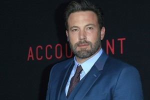 epa05580455 US actor and cast member Ben Affleck arrives for the Warner Bros World Premiere of 'The Accountant' at the TCL Chinese Theatre IMAX in Hollywood, Los Angeles, California, USA 10 September 2016. The movie opens in the US on 14 October 2016.  EPA/NINA PROMMER