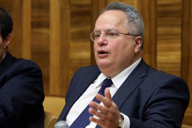 Ο υπουργός Εξωτερικών της Ελλάδας Νίκος Κοτζιάς, κάνει δηλώσεις στην έδρα του ΟΗΕ, στη Γενεύη, στο περιθώριο της Διάσκεψης για την Κύπρο, Πέμπτη 12 Ιανουαρίου 2017. ΚΥΠΕ/ΚΑΤΙΑ ΧΡΙΣΤΟΔΟΥΛΟΥ ΚΑΤΙΑ ΧΡΙΣΤΟΔΟΥΛΟΥ