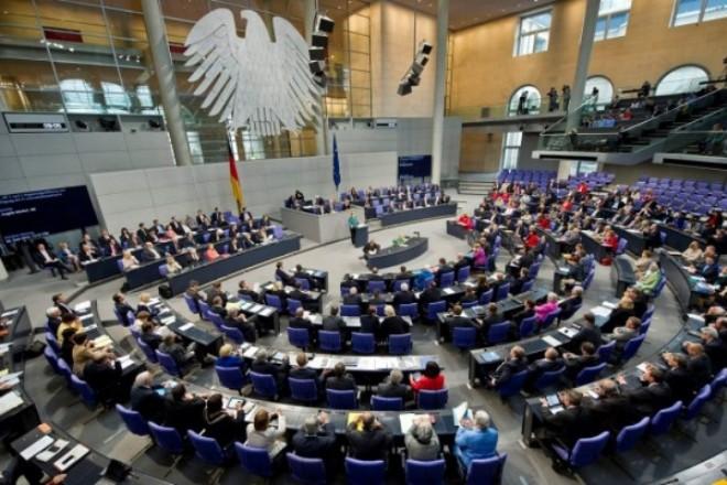 Πόσο καλά αμείβονται οι Γερμανοί πολιτικοί; Και πόσα οι ηγέτες κρατών