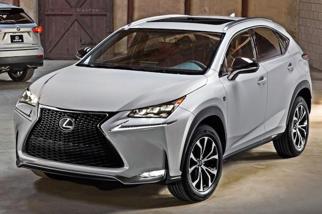 Ανακαλούνται 15.865 οχήματα της Lexus