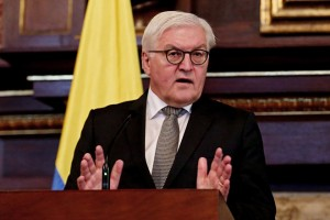 epa05715242 German Foreign Minister Frank-Walter Steinmeier speaks during a press conference in Bogota, Colombia, 13 January 2017. Steinmeier is on a one-day visit to Colombia meeting with his counterpart and the president as well as paying a visit to one of the FARC demobilization camps.  EPA/Leonardo Munoz