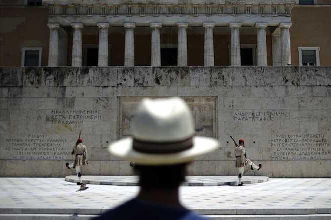 SZ: Ελλάδα, η χώρα που οι άλλοι αποφασίζουν γι αυτήν
