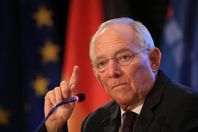 Σόιμπλε: Η Μέρκελ θα παραμείνει καγκελάριος ως το 2021