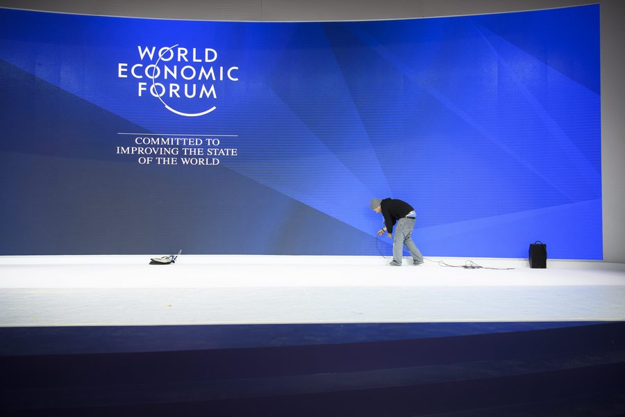 epaselect epa05718982 Workers prepare the Congress Centre for the upcoming 47th Annual Meeting of the World Economic Forum (WEF) in Davos, Switzerland, 15 January 2017. The annual meeting brings together business leaders, international political leaders and select intellectuals, to discuss the pressing issues facing the world. The overarching theme of the 2017 meeting, which takes place from 17 to 20 January, is 'Responsive and Responsible Leadership'.  EPA/GIAN EHRENZELLER
